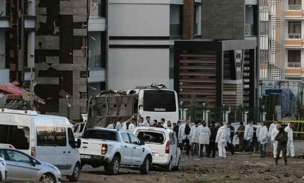 В результате взрыва в Турции погибли 6 человек, более 20 ранены