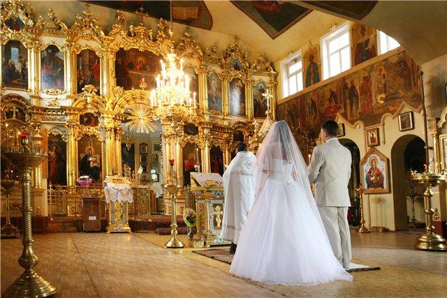 svadebnoe-venchanie-