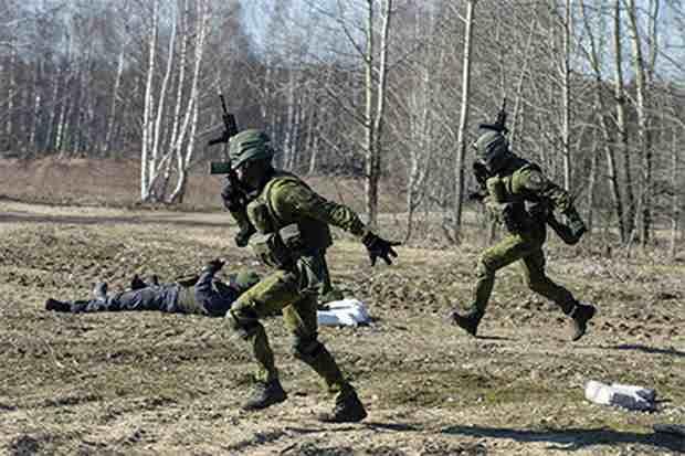 Власти Литвы попросили НАТО ввести в страну больше солдат