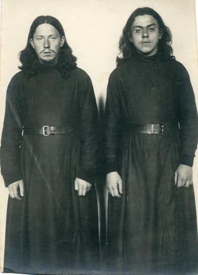Послушники Николай и Иван (Беляевы).