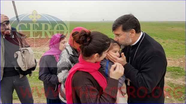 """43 ассирийских христианина были отпущены боевиками """"ИГ"""" за выкуп"""