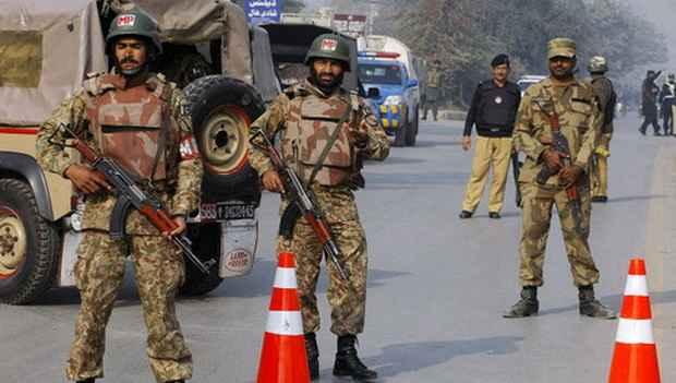 Адвокаты Пакистана требуют суда за насильственные обращения в ислам