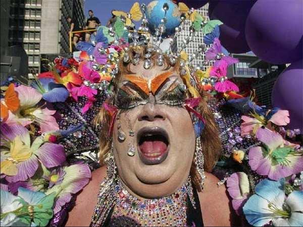 Московские секс-меньшинства решили устроить в Москве гей-парад, и