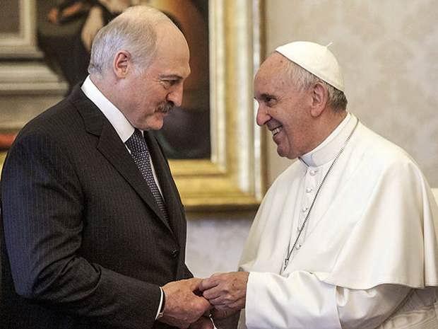 Лукашенко пригласил Папу Франциска встретиться с Патриархом в Белоруссии