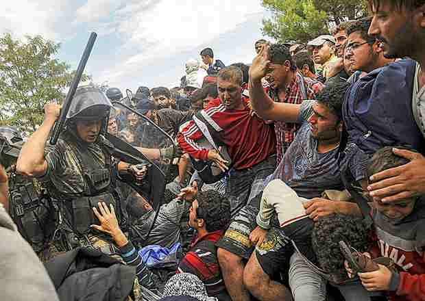 Мигранты — оружие XXI века, разработанное в США