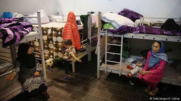 В ФРГ исчезли 143 000 зарегистрированных беженцев